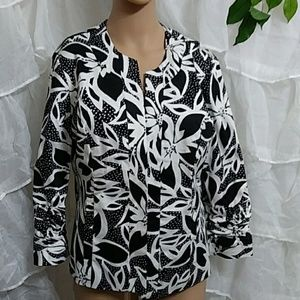 New DRESS BARN Open Front Floral Print Blazer Q27